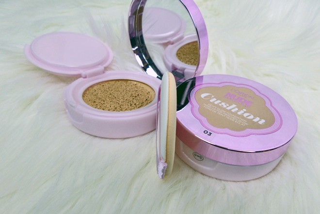 L´Oréal Make-Up - Nude Magique Cushion Foundation