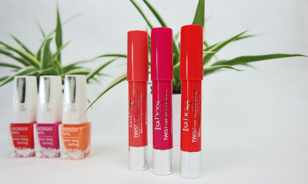Isadora Tropical Paradise Lips and Nails