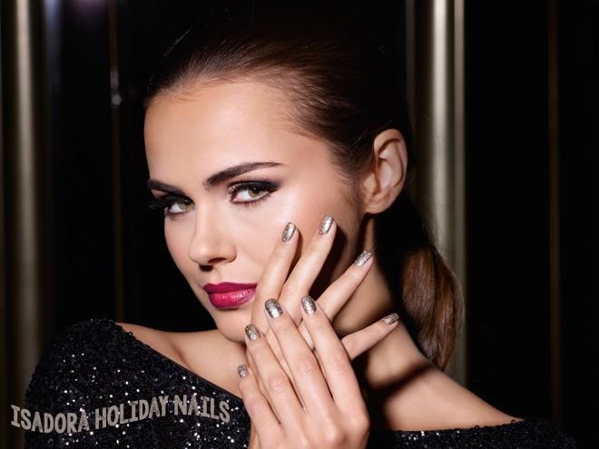 IsaDora Holiday Nails