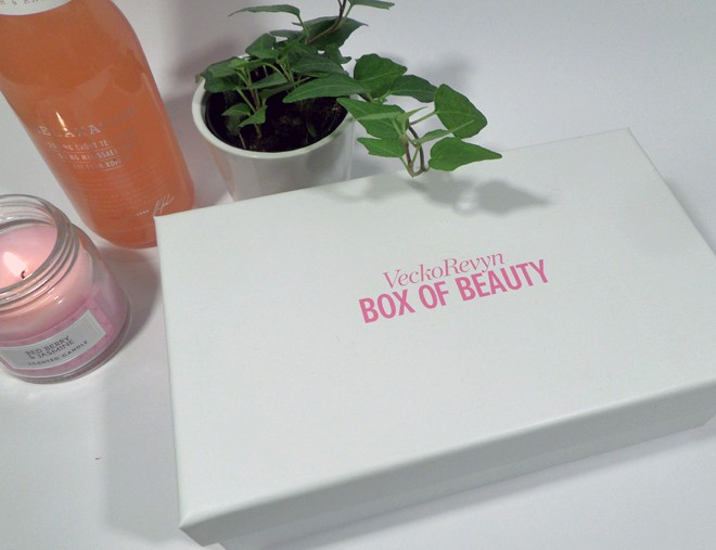 VeckoRevyn - Box of Beauty