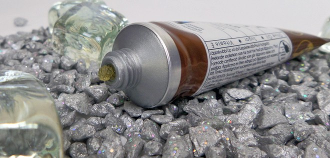 CCS Earth - Oliva Lipcare and Scrub